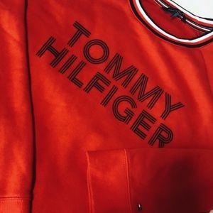 Tommy Hilfiger retro sweatshirt